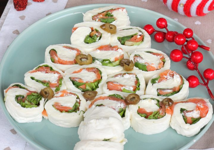 ALBERO DI MOZZARELLA E SALMONE ricetta antipasto di Natale veloce