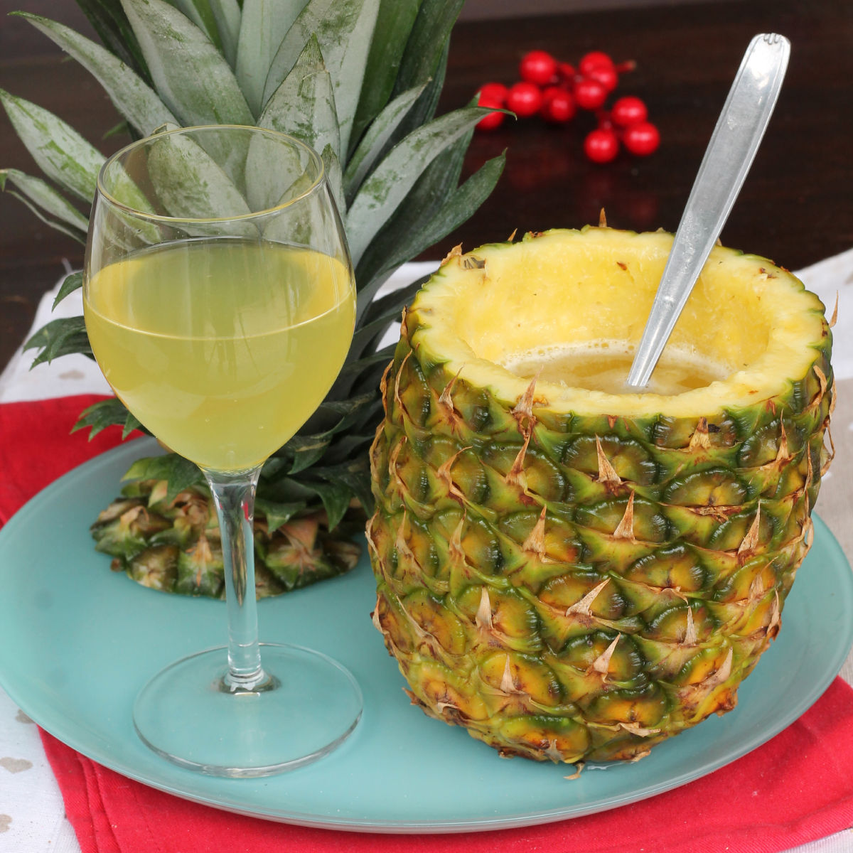 COCKTAIL CON ANANAS cocktail con succo ananas | ricetta aperitivo
