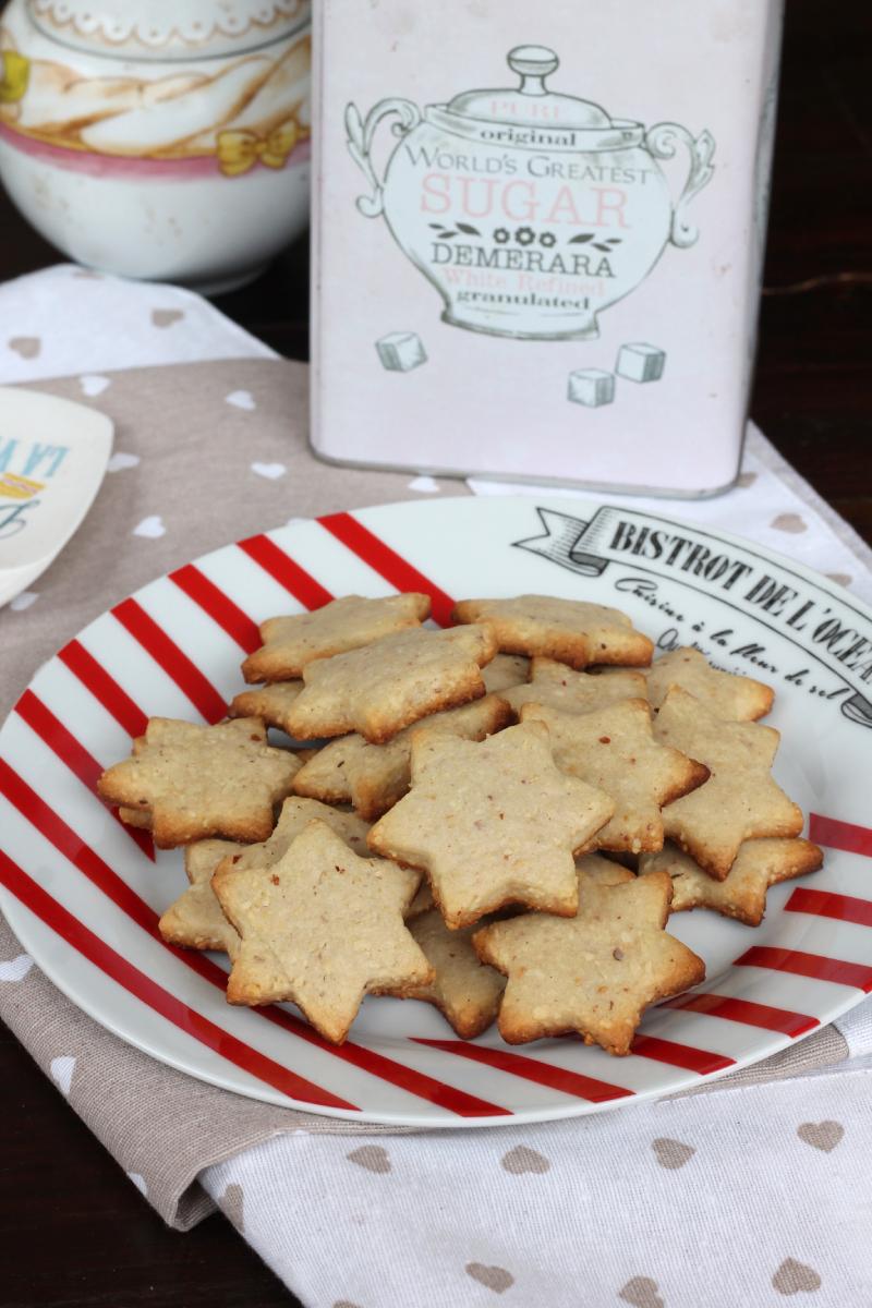 BISCOTTI ALLE ARACHIDI biscotti con arachidi tostate | frollini friabili