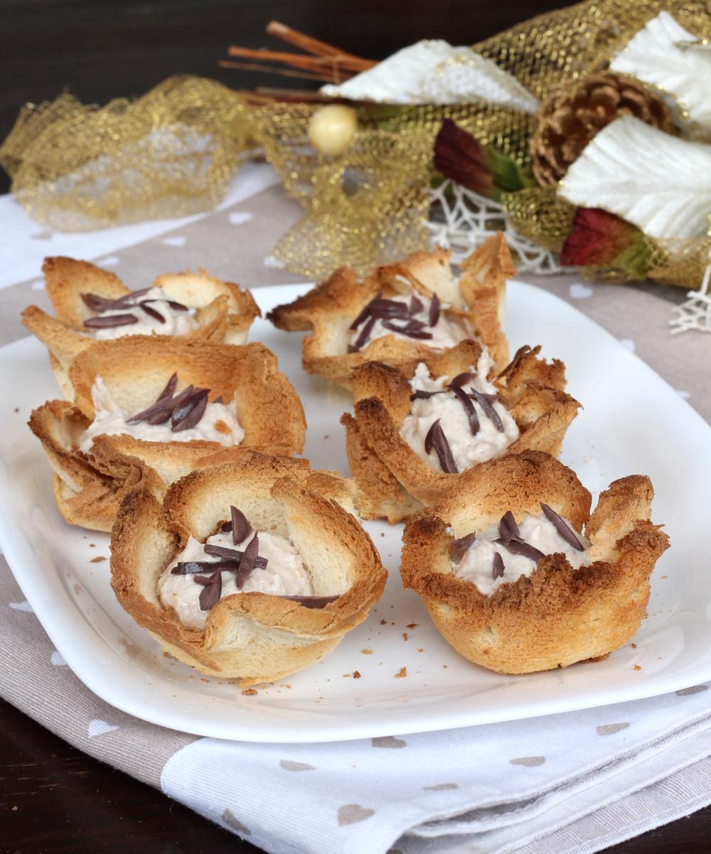 CESTINI DI PANCARRè RIPIENI | cestini pancarrè tonno cipolle e olive