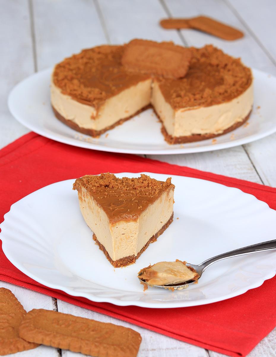 BISCOFF CAKE ricetta torta fredda con biscotti e crema Lotus Biscoff