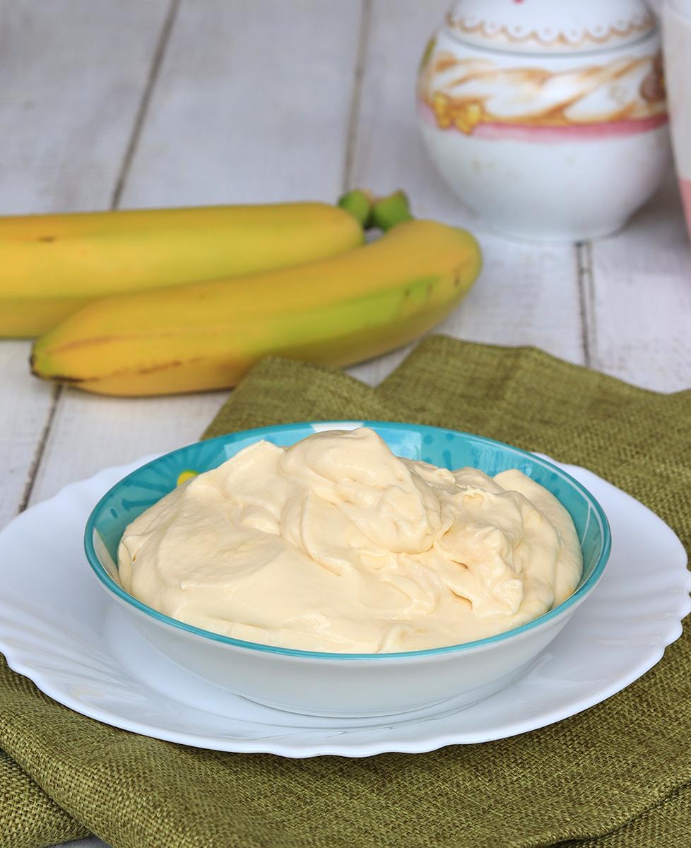 CREMA ALLA BANANA CHANTILLY ricetta crema diplomatica alla banana