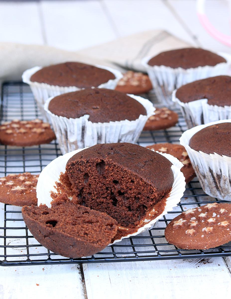 MUFFIN PAN DI STELLE ricetta muffin morbidi con biscotti pan di stelle