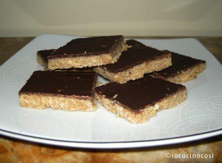 Mattonelle al cocco e cioccolato | Ricetta riciclo dolci Pasqua