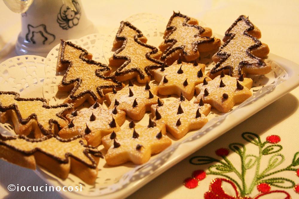 Giallo Zafferano Biscotti Di Natale.Biscotti Di Natale Con Decorazioni