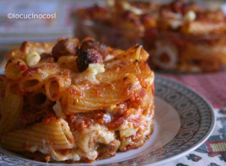 Pasta al forno polpettine e salsiccia | Ricetta pasta ripiena