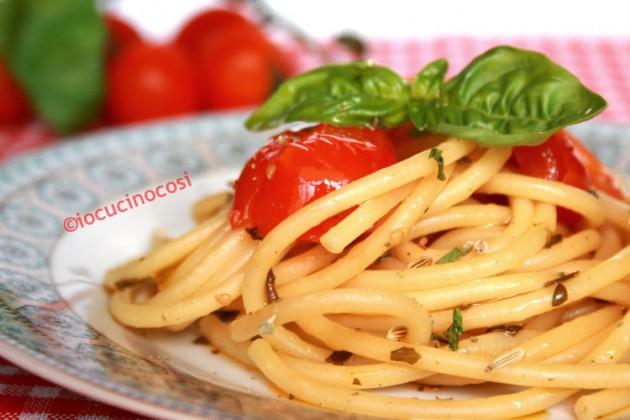 Spaghetti alle erbe - Ricetta primo veloce