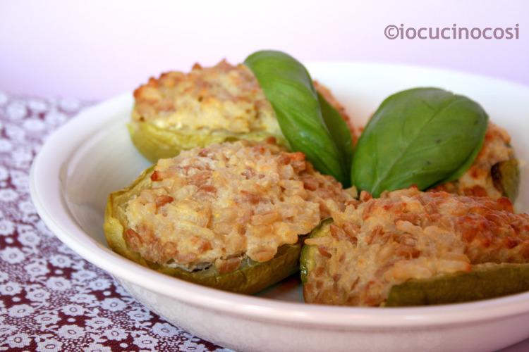 Zucchine ripiene vegetariane ai cereali - Ricetta light