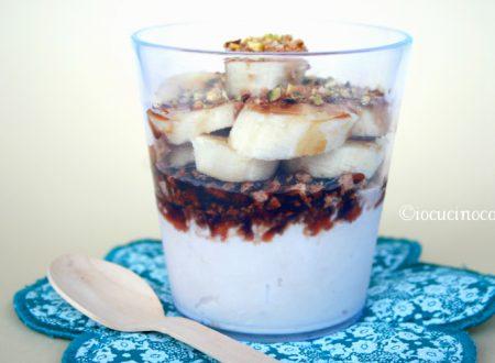 Coppa gelato nocciola e banana – Ricetta dessert fresco