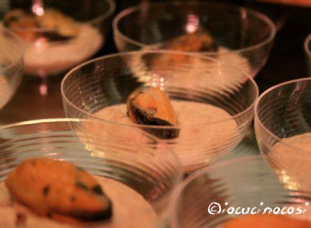 Cozze piccanti su crema di cannellini e lenticchie – Ricetta finger food