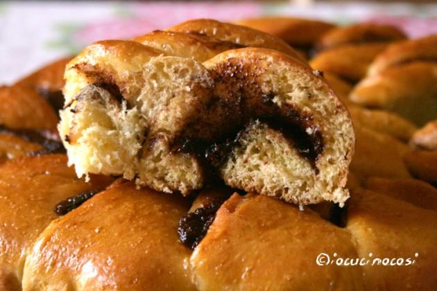 Stella di pan brioche con nutella - Ricetta dolce lievitato