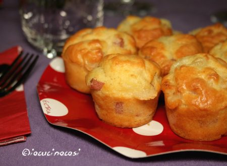 Mini muffin con mortadella e formaggio
