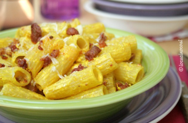 Ricetta pasta con salsiccia e rucola