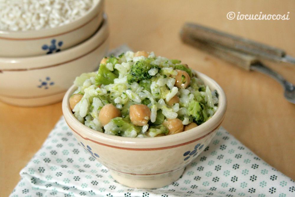 Minestra di riso e verza, broccoli, ceci