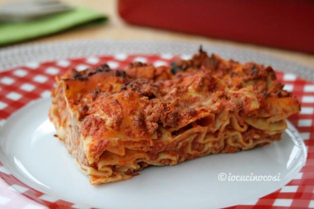 Lasagna al ragù di salsiccia e funghi