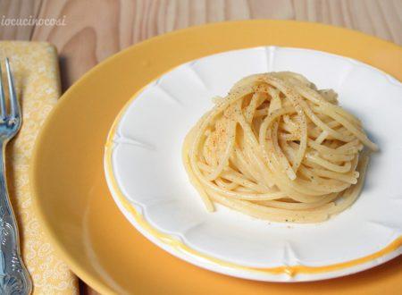 Spaghetti cacio e pepe alla calabrese
