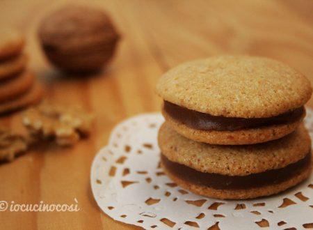 Baci d'autunno, biscotti alle noci farciti ai marroni