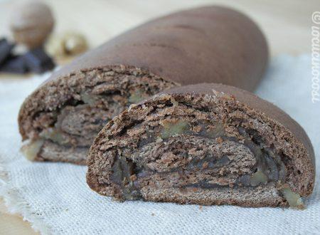 Pane di castagne e cioccolato con noci