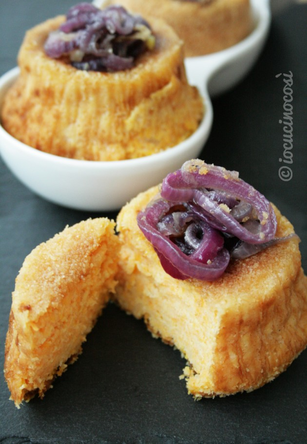 Tortini di zucca e patate con cipolla