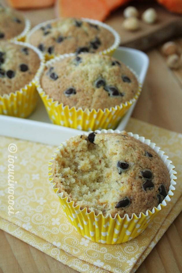 Muffin zucca e nocciole al rum