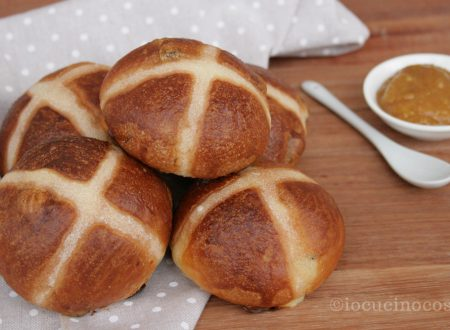 Hot Cross Buns – Panini dolci con uvetta