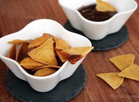 Nachos fatti in casa (Tortilla Chips)