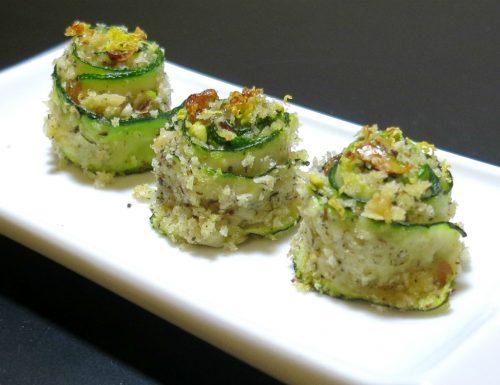 girelle di zucchine con croccante di pistacchi e uvette