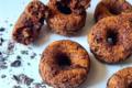 Ciambelle vegane alle carote e cacao