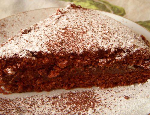 Torta soffice cioccolato e mandorla senza uova