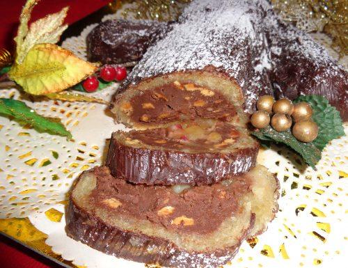 Tronchetto di Natale in pasta di mandorle