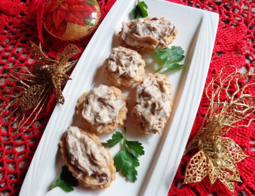 Tartellette calde pollo e funghi