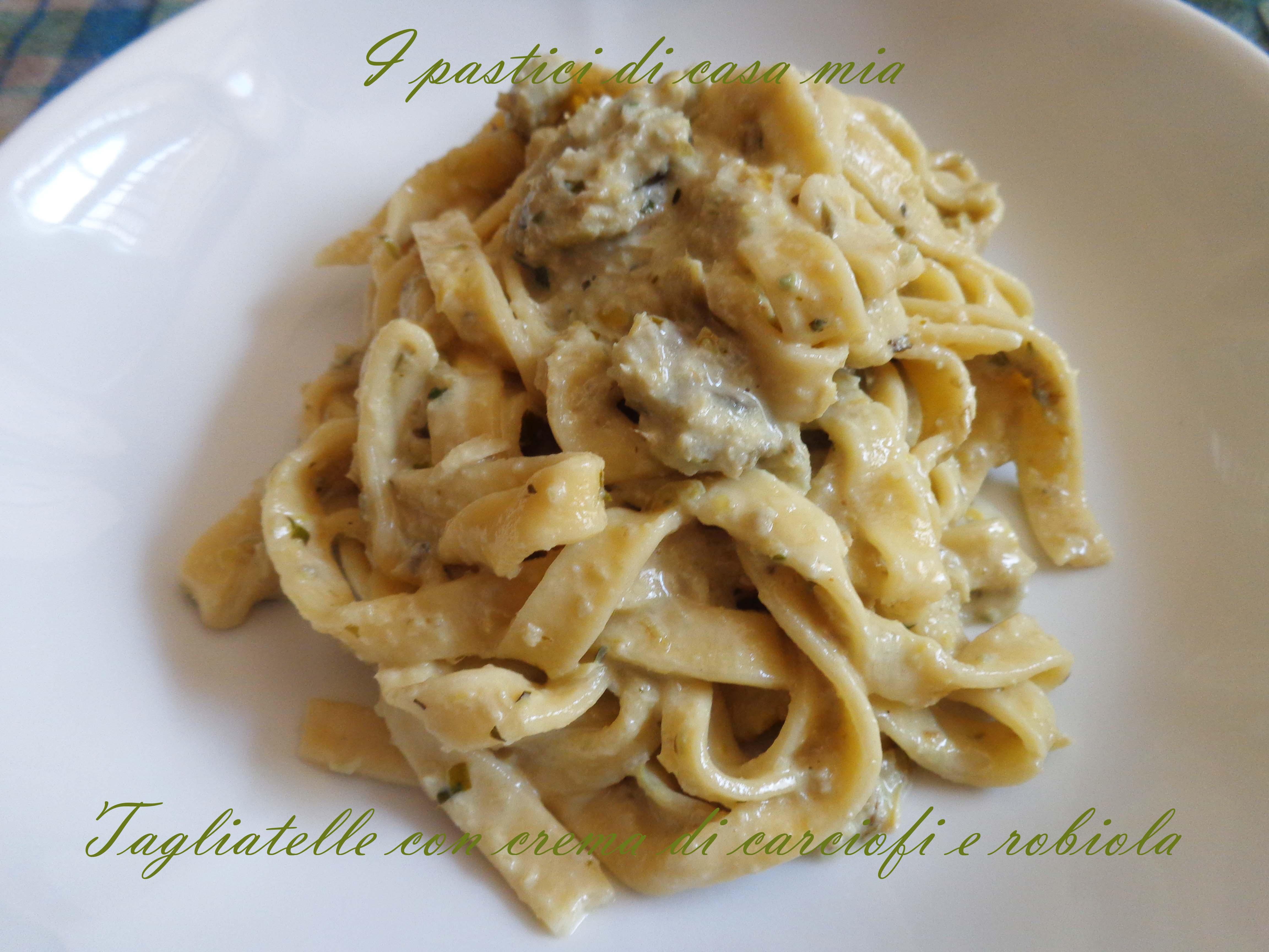 Ricetta pasta con robiola e speck