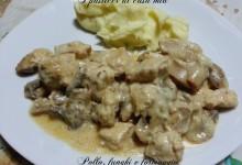 Pollo con funghi e formaggio