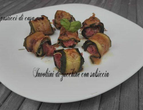 Involtini di zucchine con salsiccia