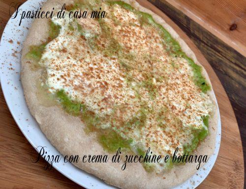 Pizza con crema di zucchine e bottarga