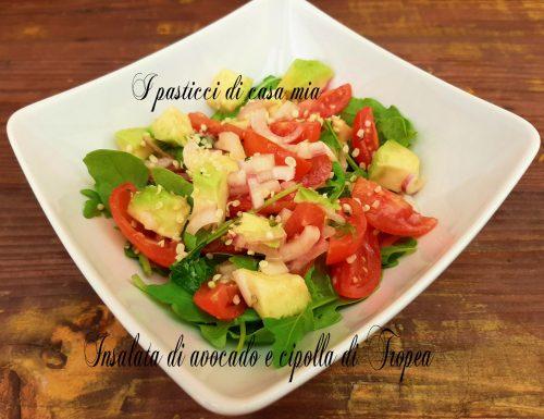 Insalata di avocado e cipolla di Tropea