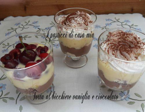 Torta al bicchiere vaniglia e cioccolato