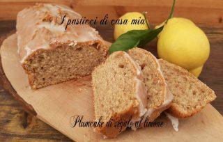 Plumcake di segale al limone