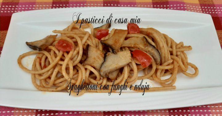 spaghettoni con funghi e nduja