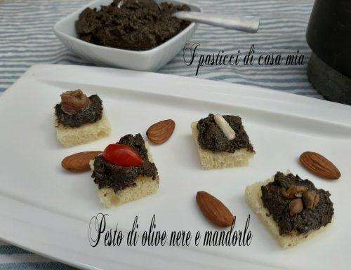 Pesto di olive nere e mandorle