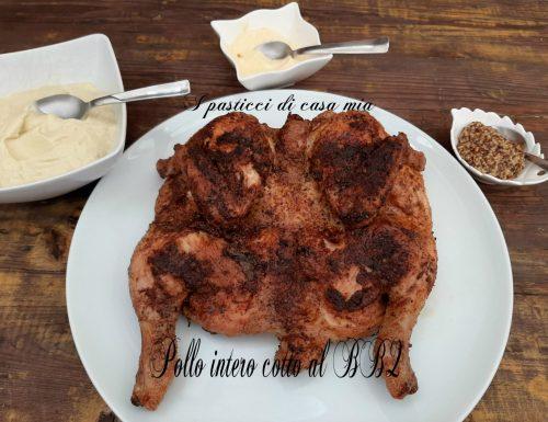 Pollo intero cotto al BBQ