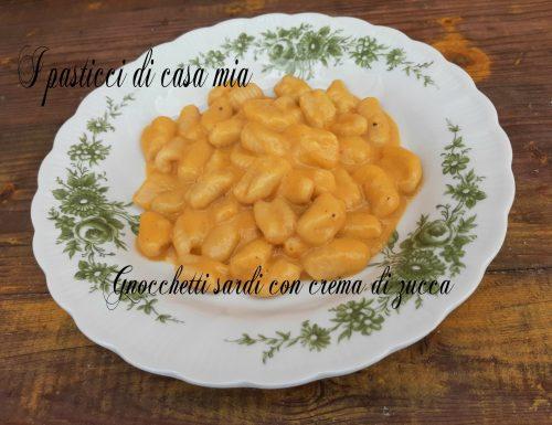 Gnocchetti sardi con crema di zucca e taleggio