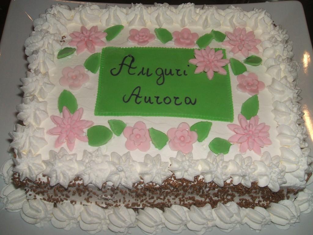 Torta millefoglie for Decorazione torte millefoglie