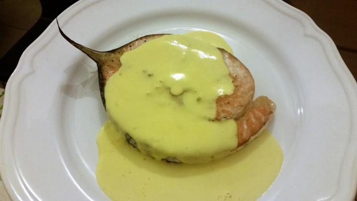 Salmone in salsa alla zafferano