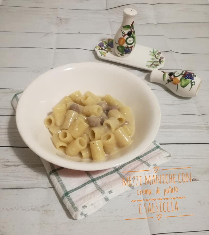 Calamarata con crema di patate e salsiccia