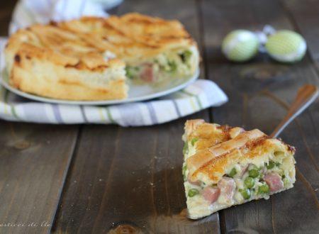 Crostata salata con prosciutto cotto e piselli