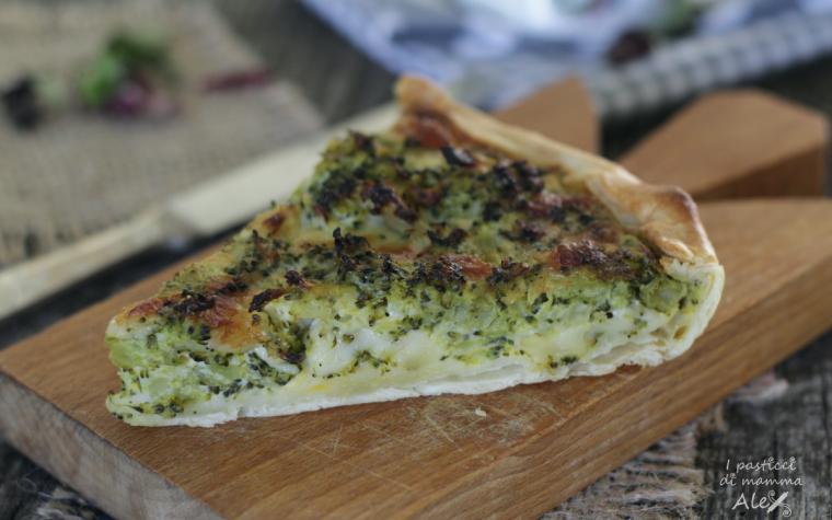 Torta salata con broccoli e provolone