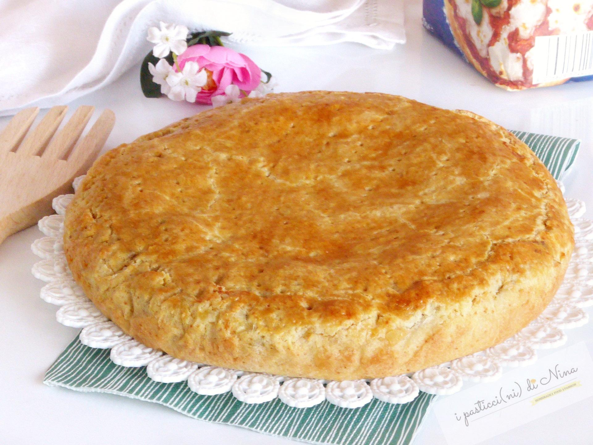 torta rustica di frolla con ricotta e carciofi