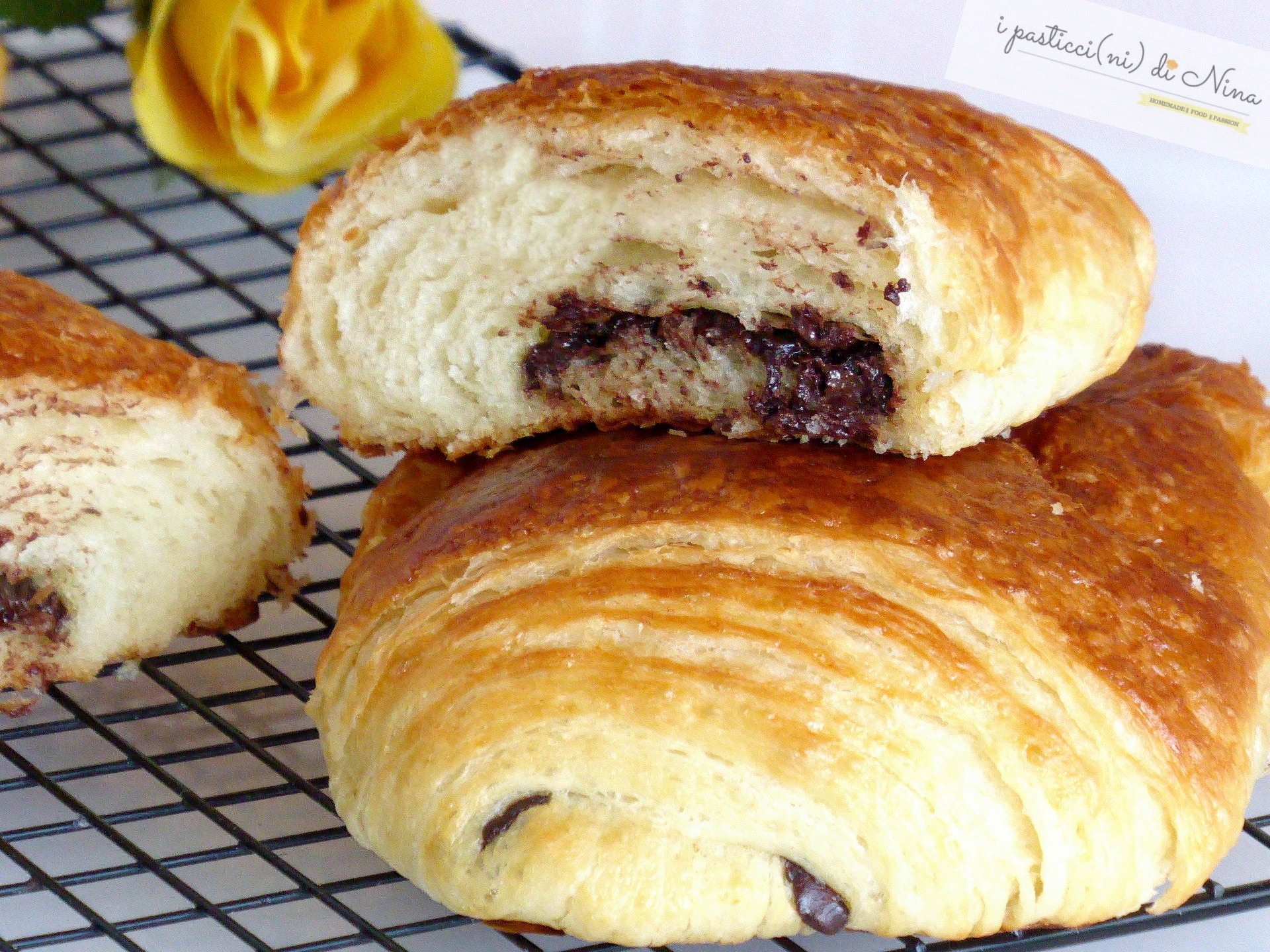 pain au chocolat (saccottini al cioccolato)