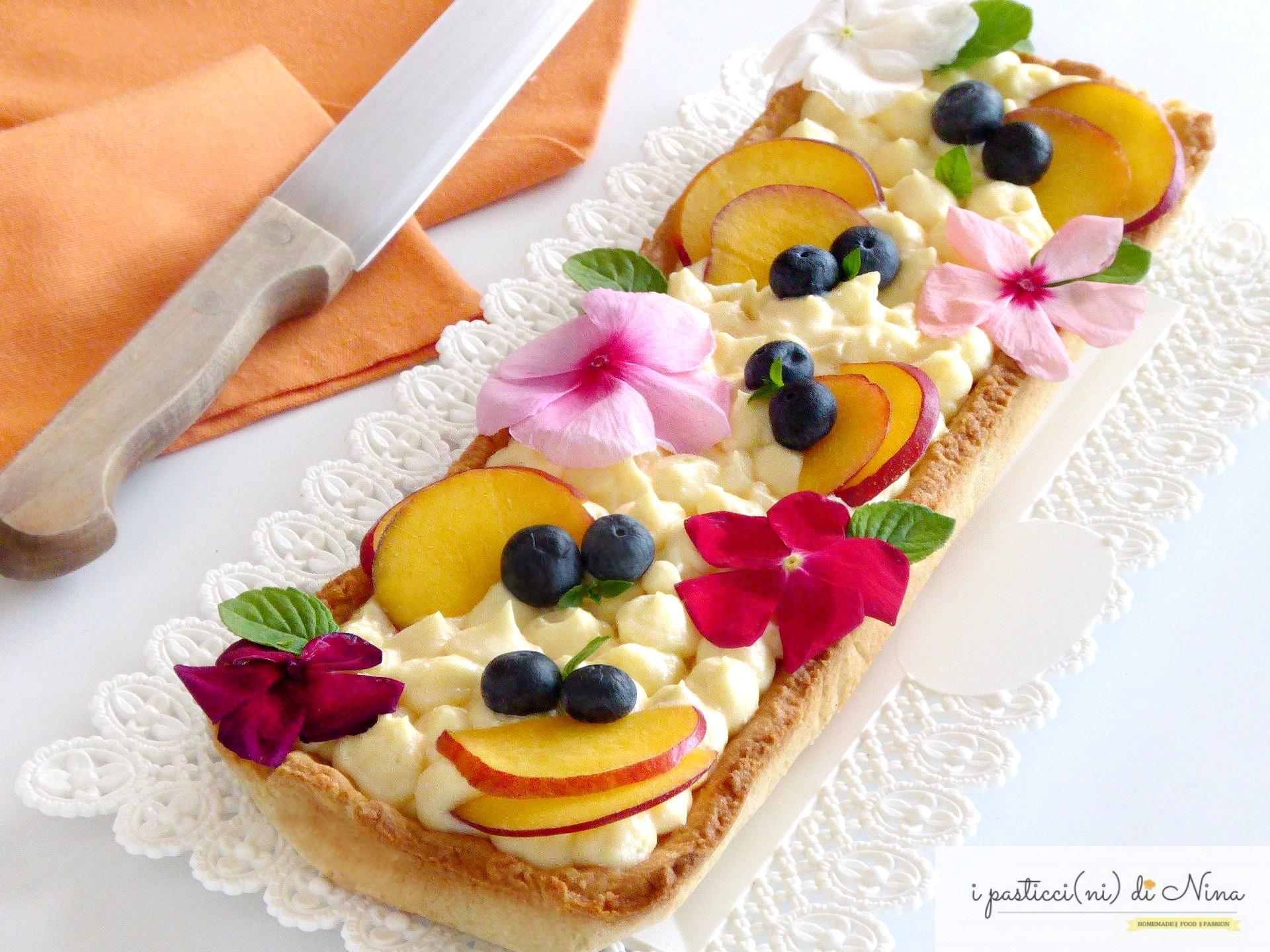 Crostata con crema al mascarpone e frutta fresca